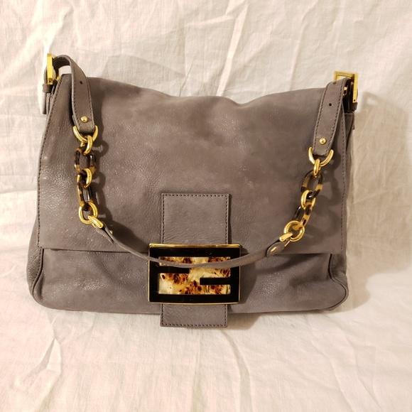 Fendi Handbags - Fendi authentic mama shoulder bag